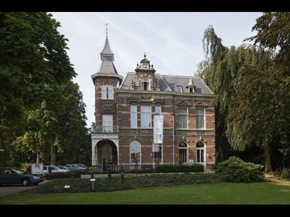 Villa Vredeoord, nu hotel-restaurant, Dongen