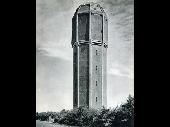 watertoren, nu woning en kantoor, Dongen